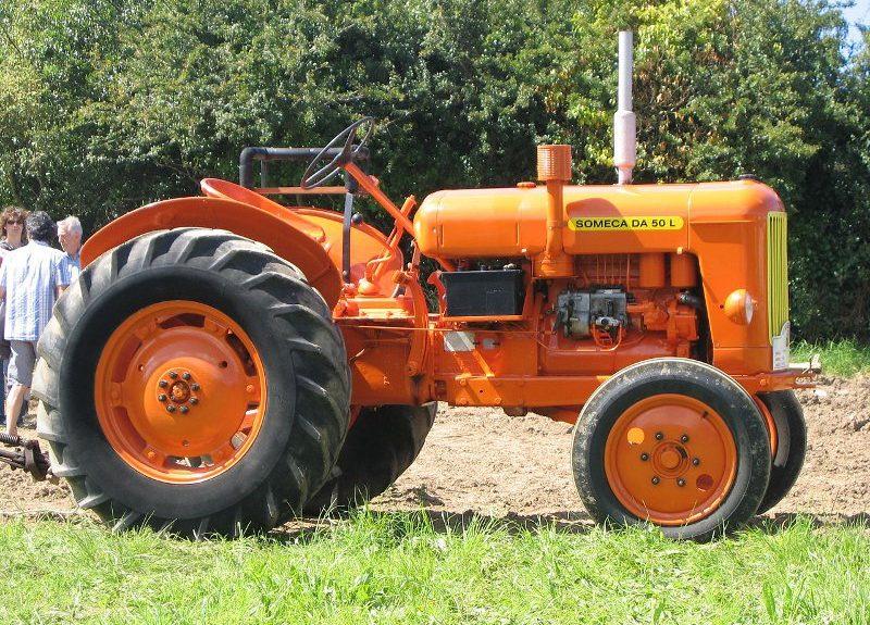 Tracteur ancien Montpe10