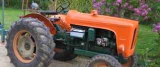 350 photos de vieux tracteurs Restau10