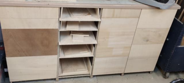 Toujours ouvrir le bon tiroir.....! Img_2115
