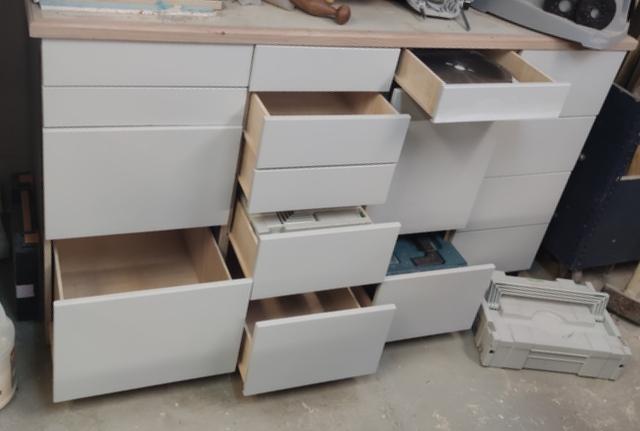 Toujours ouvrir le bon tiroir.....! Img_2117
