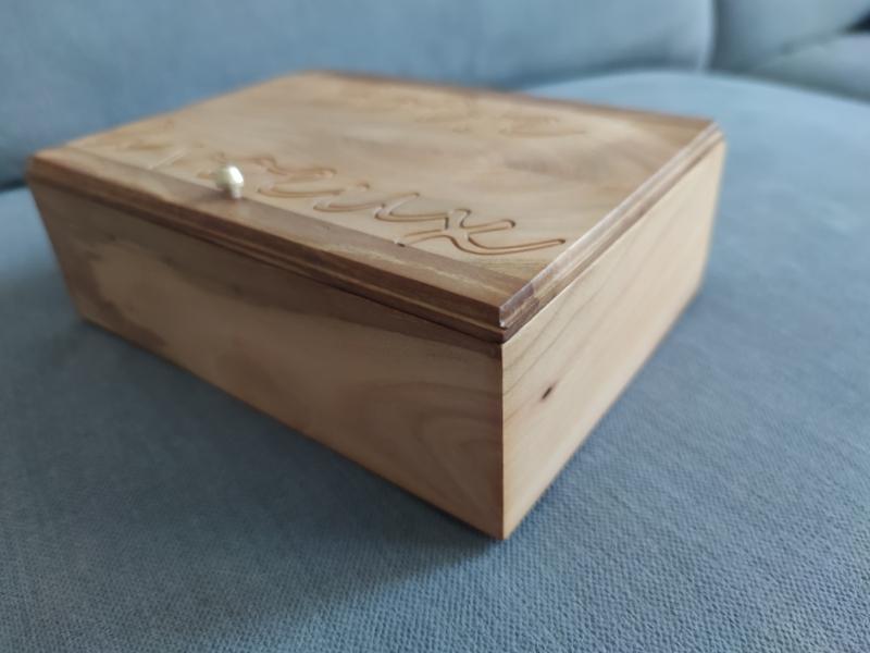 Je retrouve le plaisir du bois, mes derniéres créations  Img_2136