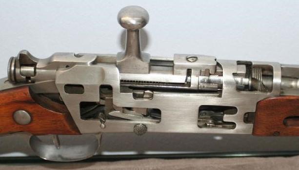 --- Fusil  Lebel & évolutions --- - Page 3 Boit_c14