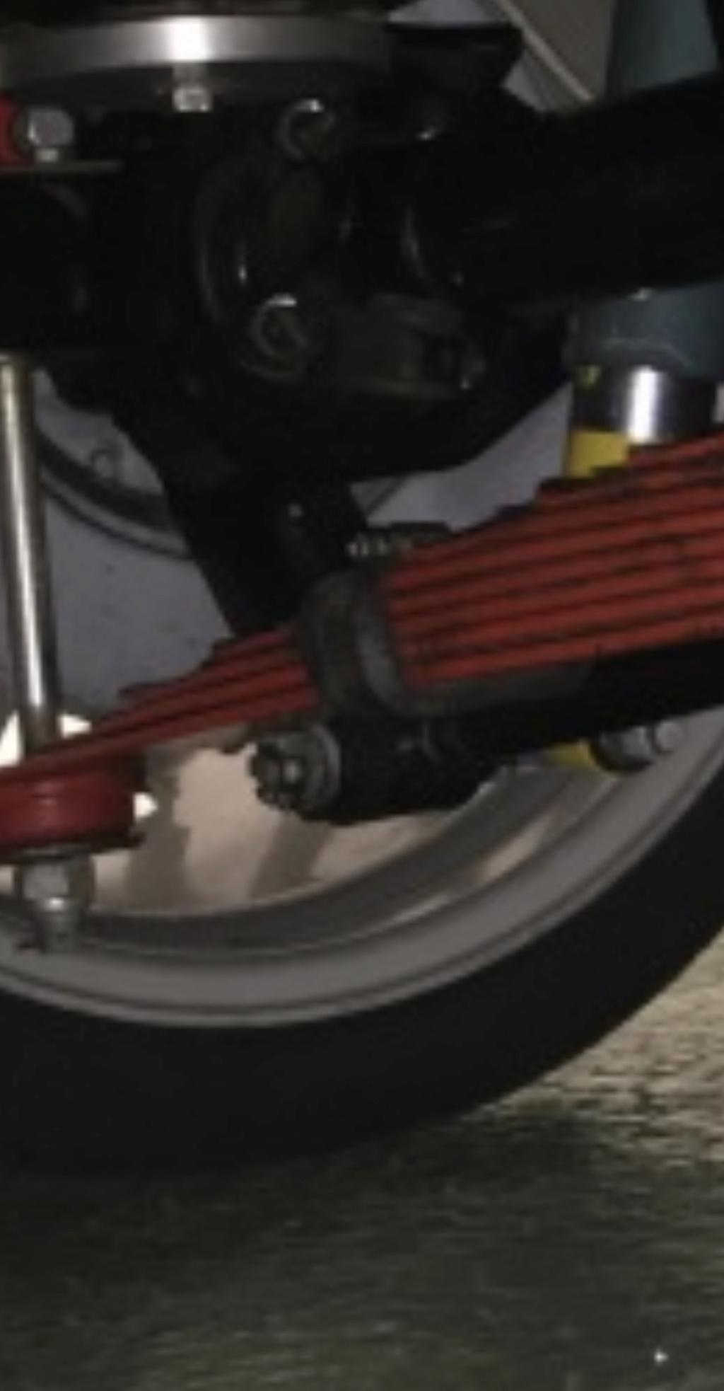 Lame de suspension 5fce1210