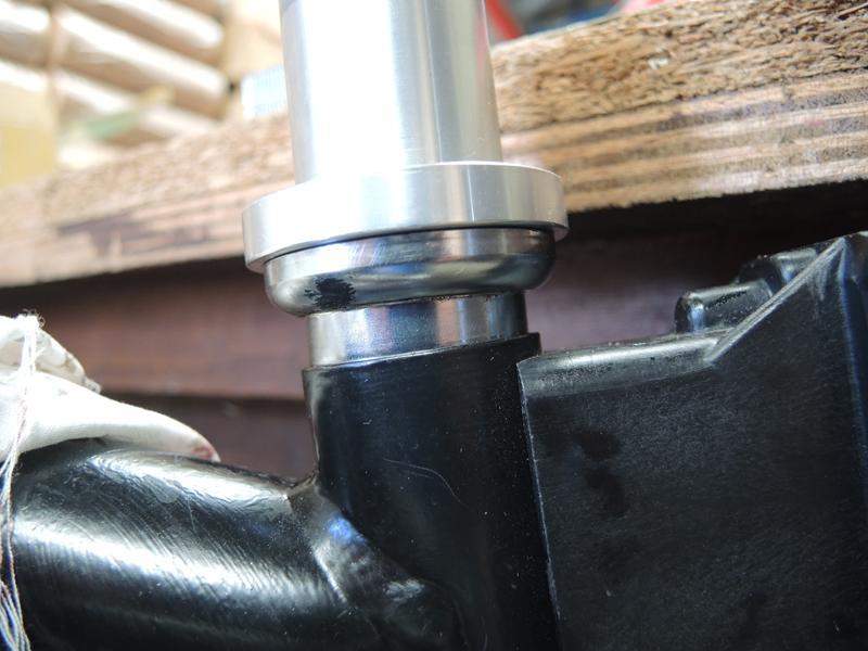 Fissures du pivot de la fourche titane de Brompton - Page 2 Dscn6015
