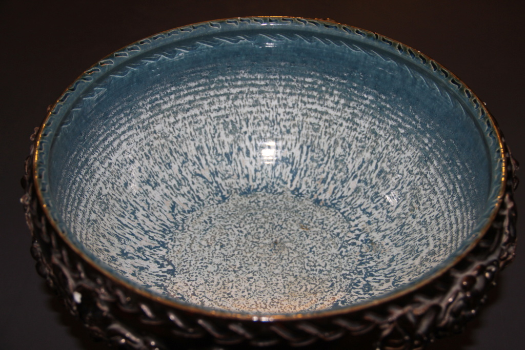 Very Large Bowl Beautiful Glaze BH or BA?? Whakatane Img_0912