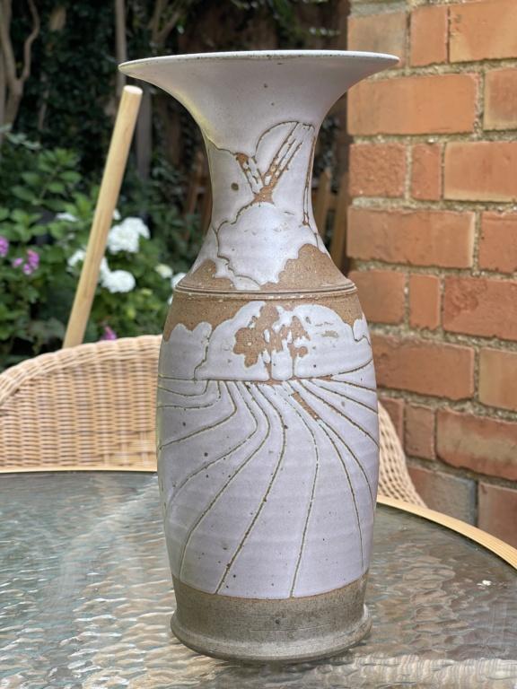 Unusual vase Art Deco pink design MH mark 657efe10