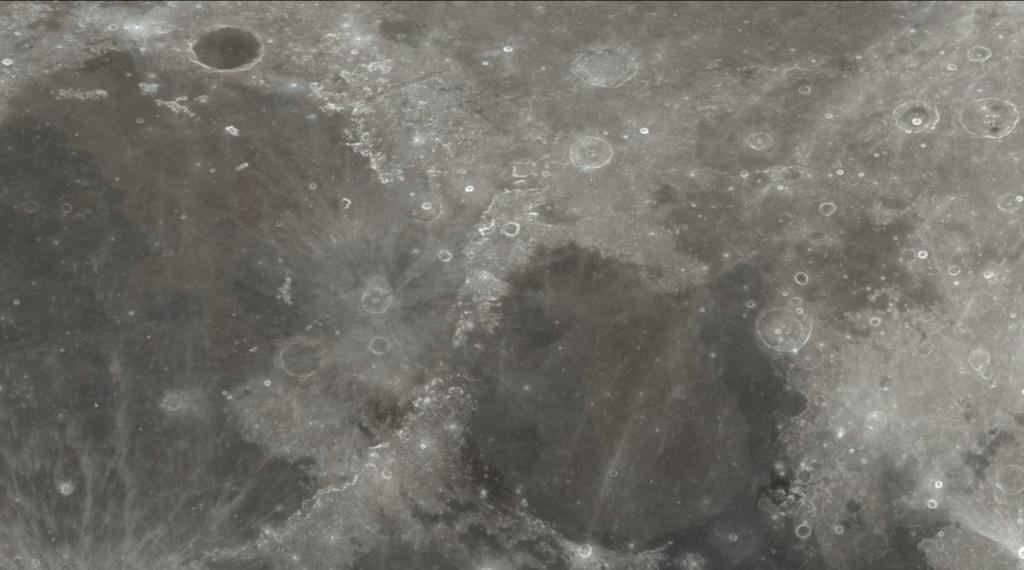 La NASA publie un incroyable modèle 3D de la Lune Lll10