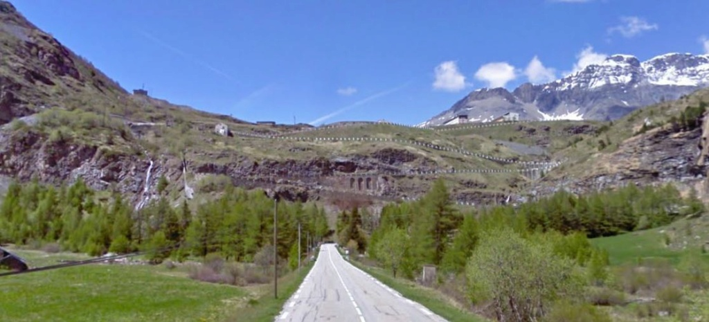 CR: 6 jours offroad entre Auvergne/Vercors/Alpes/Italie - Page 2 Captur11