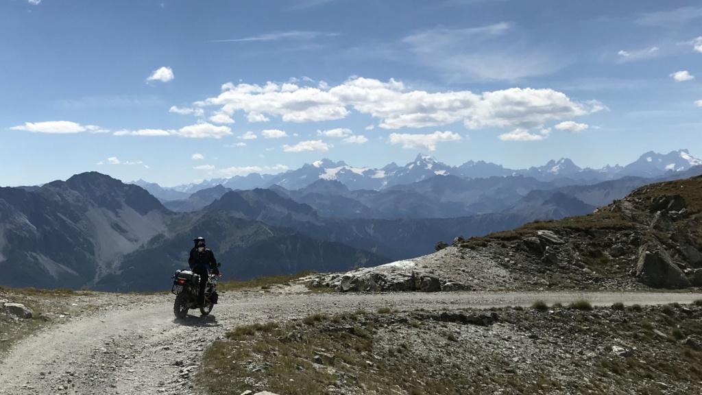 CR: 6 jours offroad entre Auvergne/Vercors/Alpes/Italie - Page 2 Img_2027