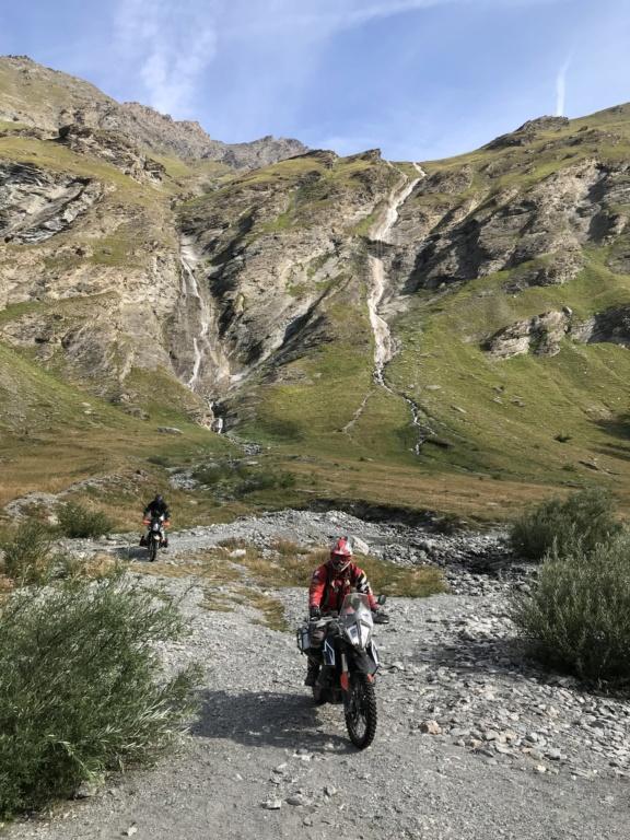 CR: 6 jours offroad entre Auvergne/Vercors/Alpes/Italie - Page 2 Img_2034