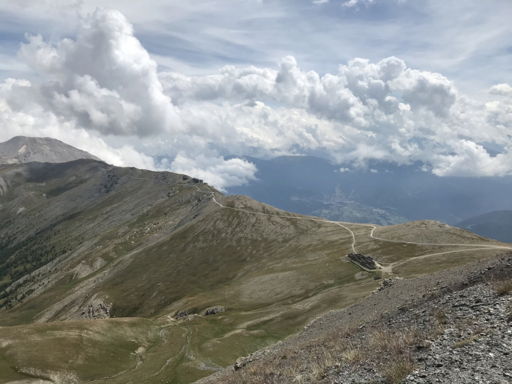 CR: 6 jours offroad entre Auvergne/Vercors/Alpes/Italie - Page 2 Img_2040