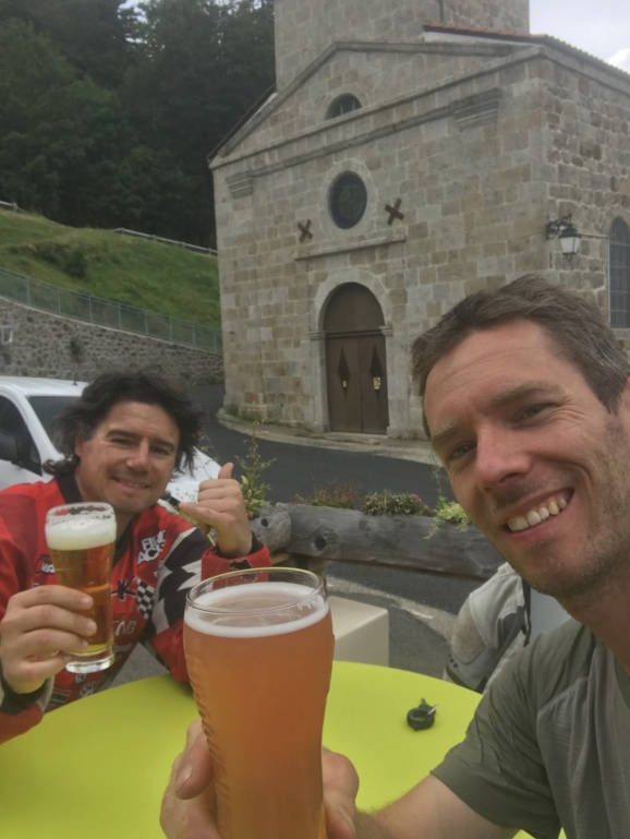 CR: 6 jours offroad entre Auvergne/Vercors/Alpes/Italie - Page 2 Img_2123
