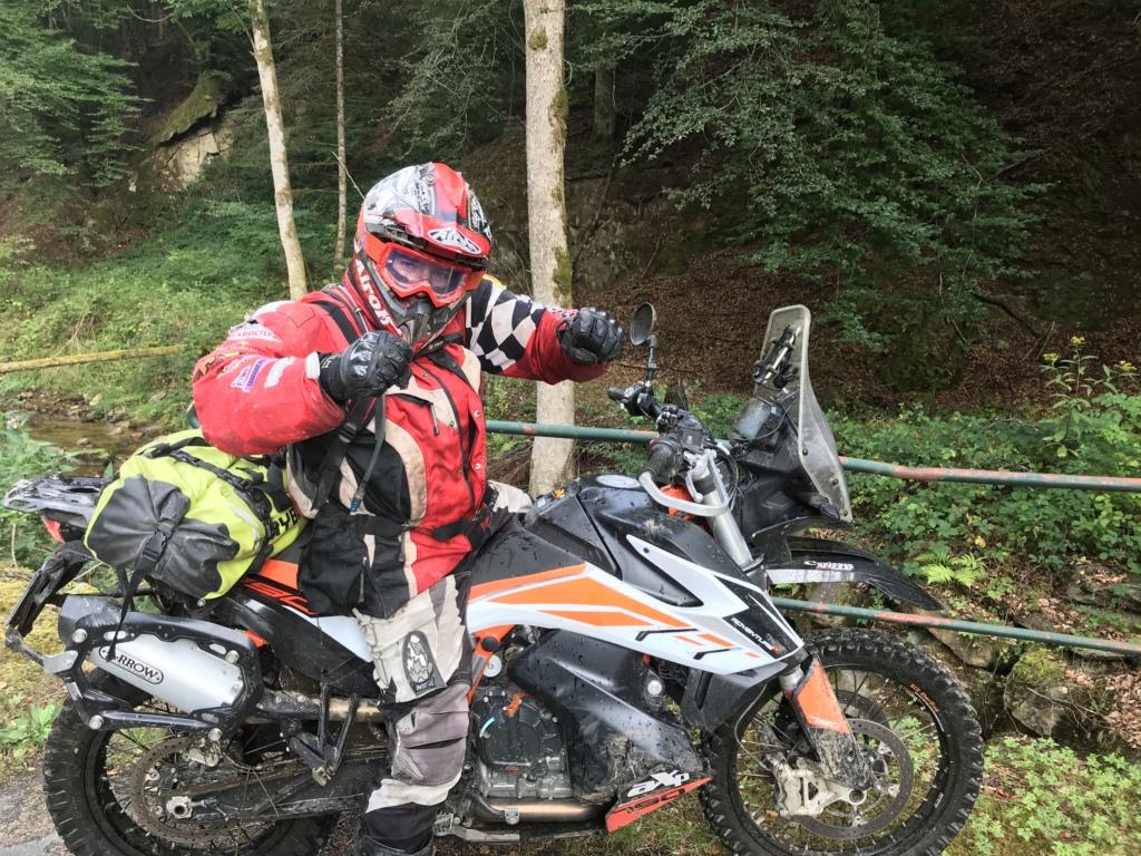 CR: 6 jours offroad entre Auvergne/Vercors/Alpes/Italie - Page 2 Img_2126
