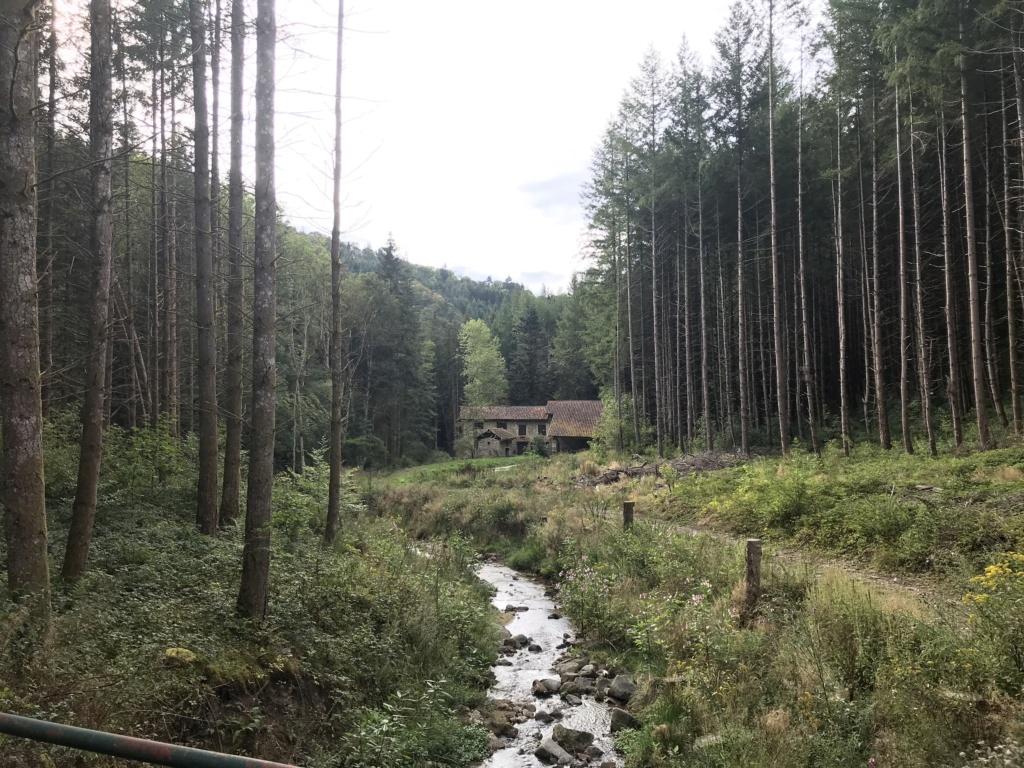 CR: 6 jours offroad entre Auvergne/Vercors/Alpes/Italie - Page 2 Img_2127
