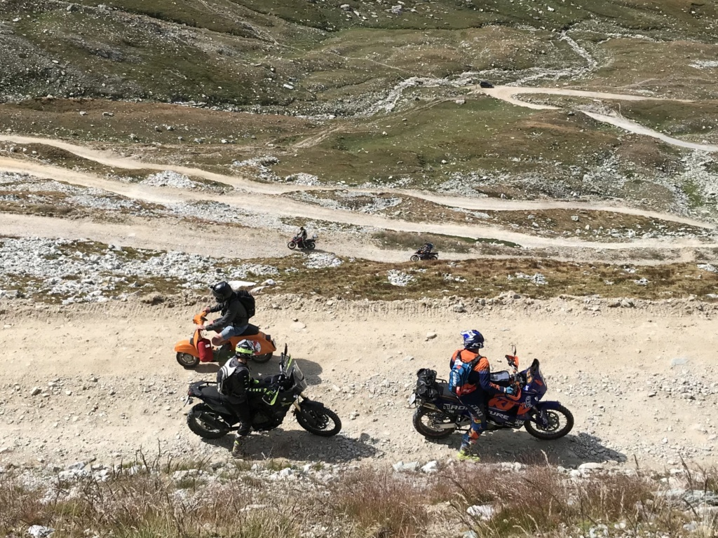 CR: 6 jours offroad entre Auvergne/Vercors/Alpes/Italie - Page 2 Img_e217