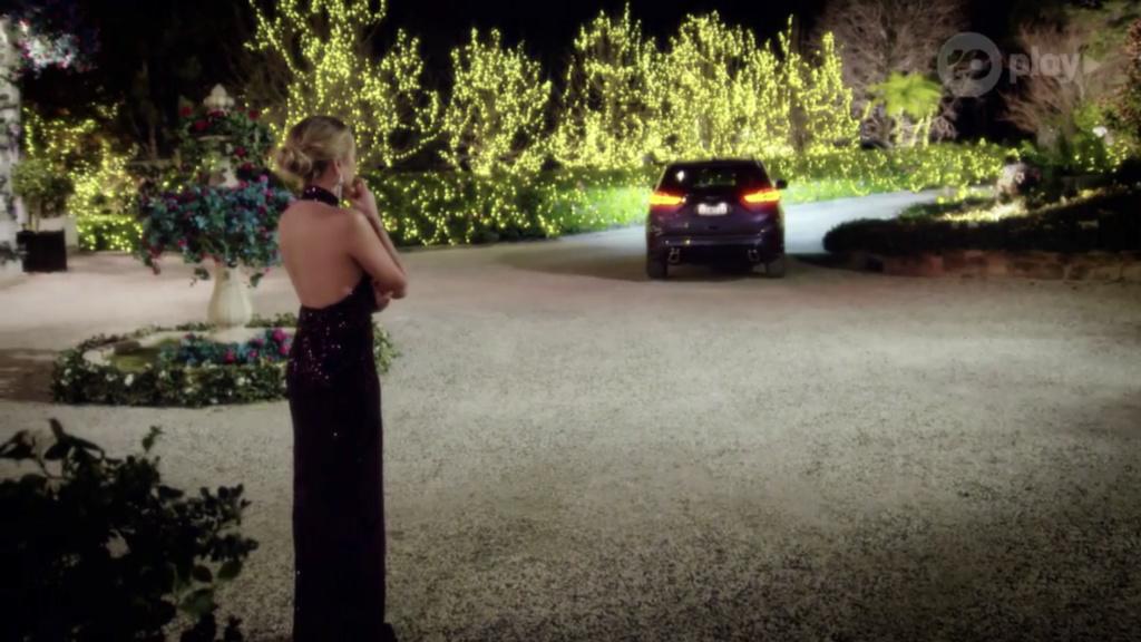 Bachelorette Australia - Angie Kent - Season 5 - ScreenCaps - *Sleuthing Spoilers* - Page 5 1e249e10