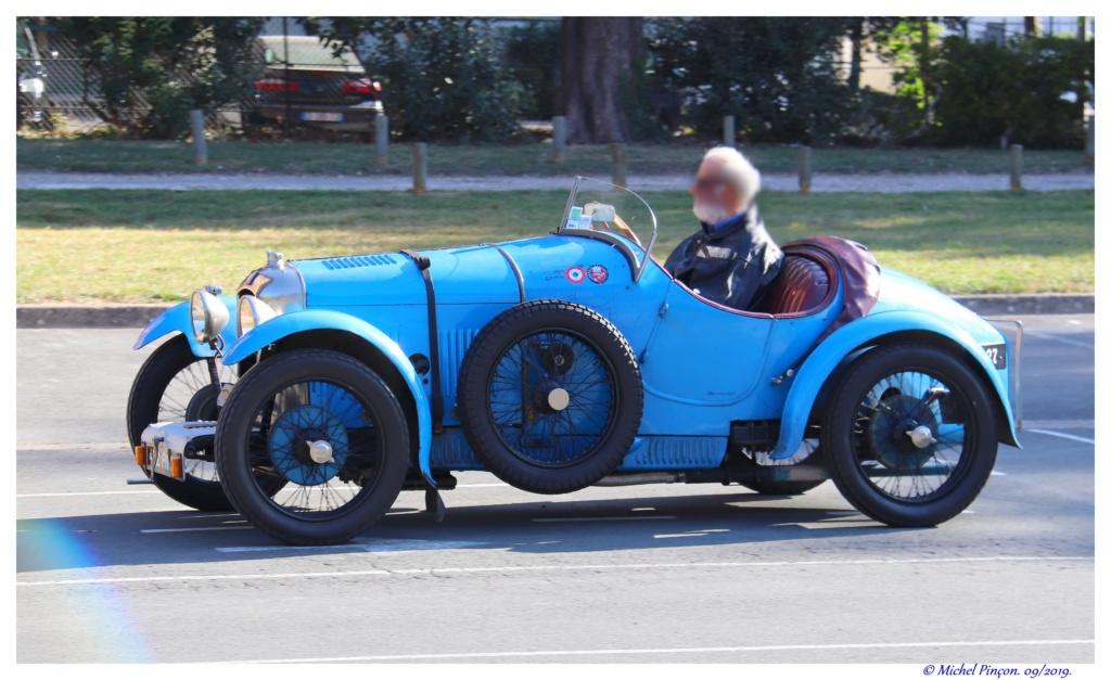 Pour les amoureux de  belles vieilles mécaniques Dsc04727