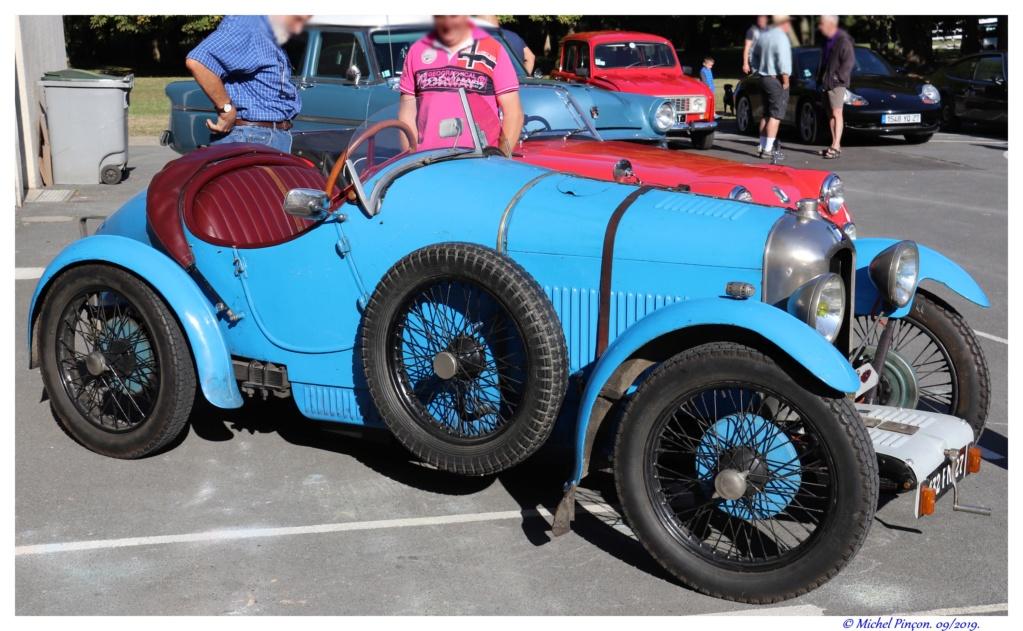 Pour les amoureux de  belles vieilles mécaniques Dsc04732