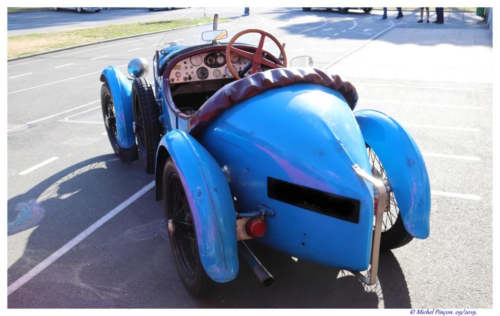 Pour les amoureux de  belles vieilles mécaniques Dsc04733