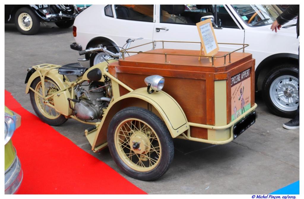 Pour les amoureux de  belles vieilles mécaniques - Page 3 Dsc05509