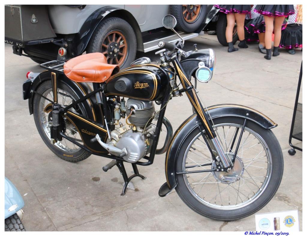 Pour les amoureux de  belles vieilles mécaniques - Page 3 Dsc05512