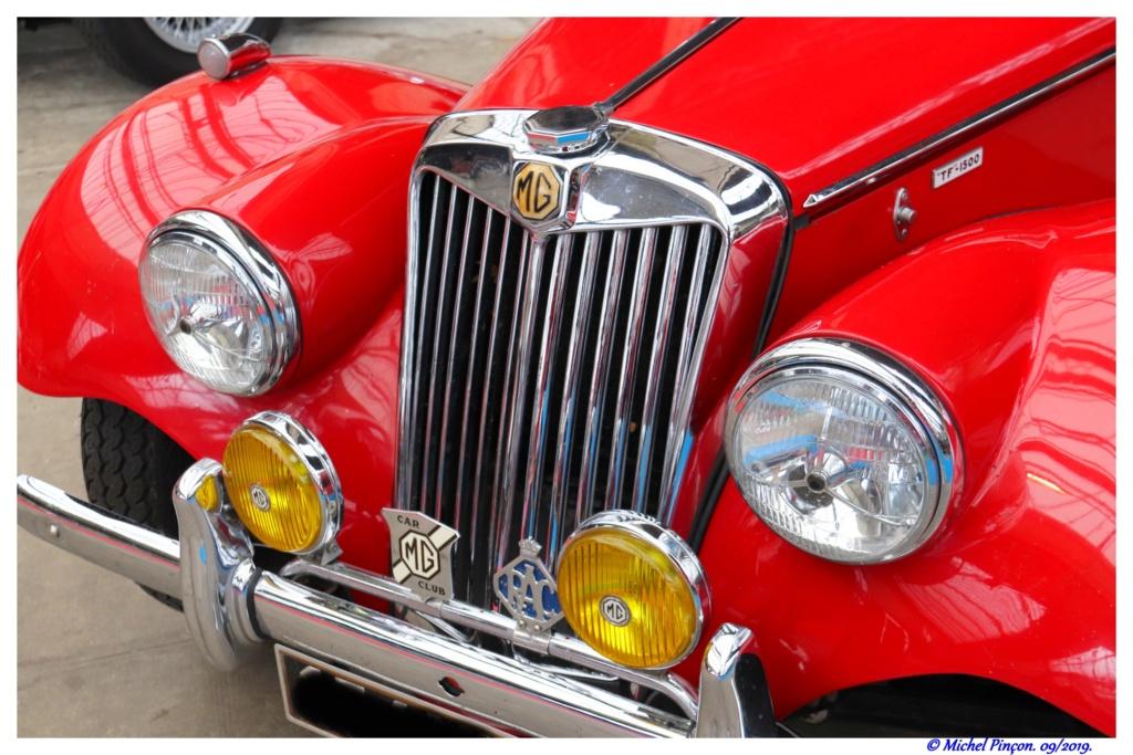 Pour les amoureux de  belles vieilles mécaniques - Page 3 Dsc05528