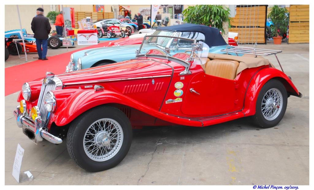 Pour les amoureux de  belles vieilles mécaniques - Page 3 Dsc05529