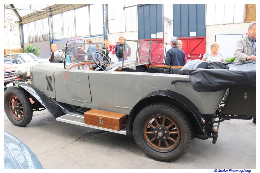 Pour les amoureux de  belles vieilles mécaniques - Page 3 Dsc05608