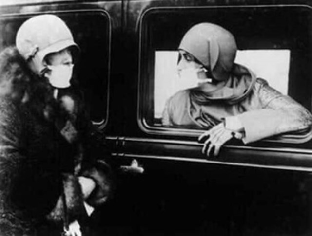 Il y a 102 ans, déjà des Masques …* G_1743