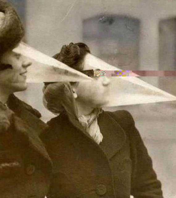Il y a 102 ans, déjà des Masques …* G_2240