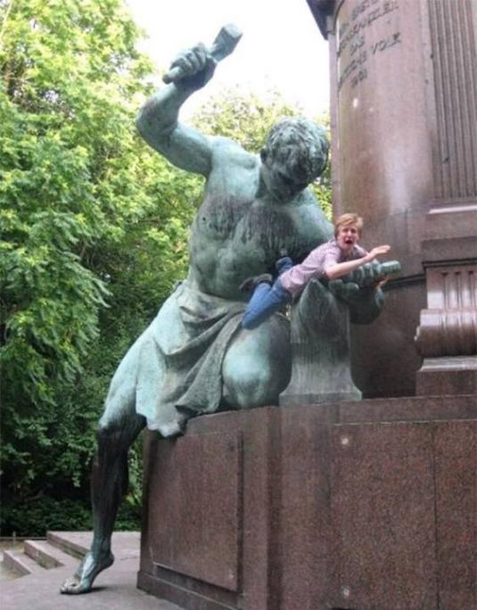 .Amusement avec des statues * - Page 2 G_2821