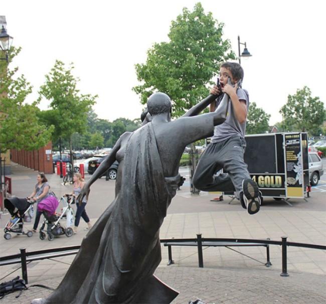 .Amusement avec des statues * - Page 2 G_3322