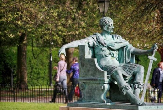 .Amusement avec des statues * - Page 2 G_3818