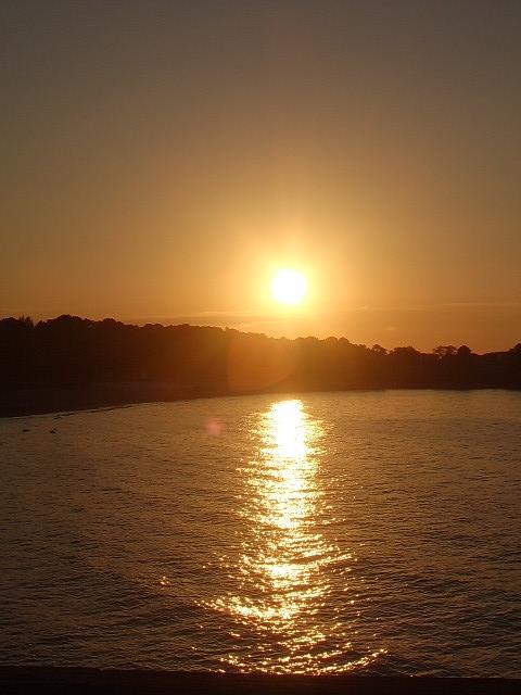 Couchers de soleil.... magnifiques !!! - Page 2 S_5510