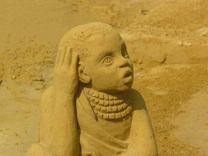 Statues de sable * X_0451