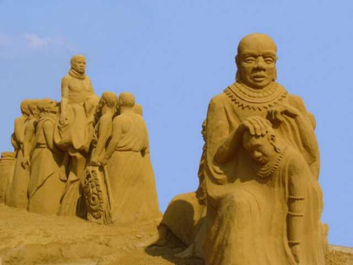 Statues de sable * X_0545