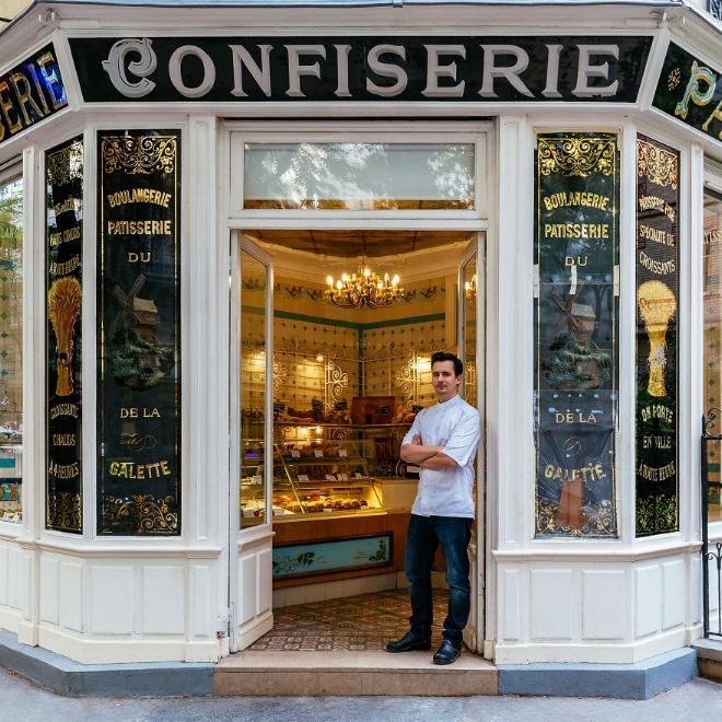 Le charme discret des vieilles boutiques de Paris..* X_05_b11