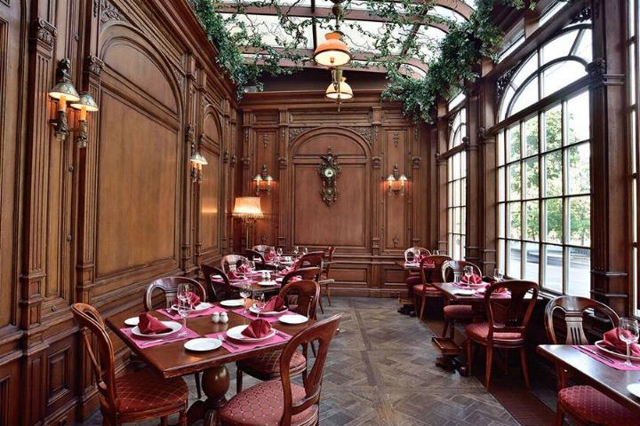 Le Café Pushkin * X_0837