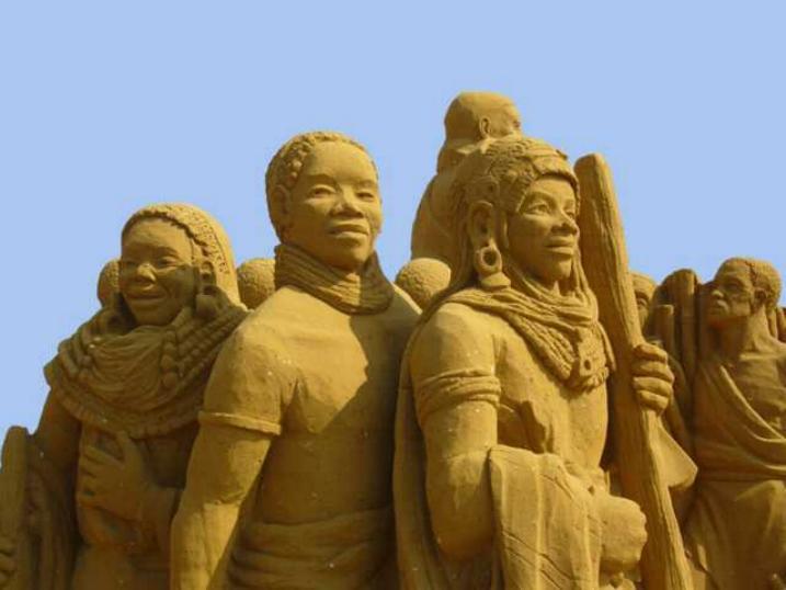 Statues de sable * X_0947