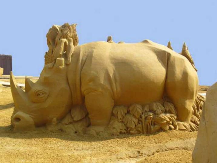 Statues de sable * X_1242