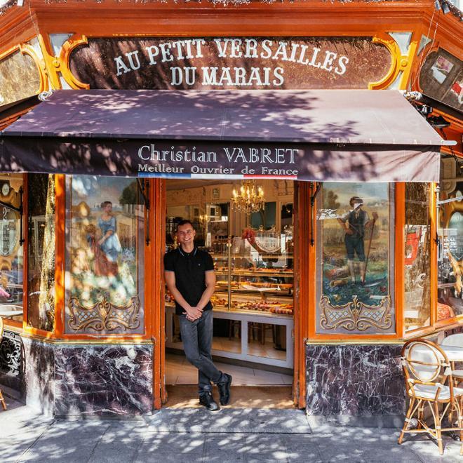 Le charme discret des vieilles boutiques de Paris..* X_12_h11