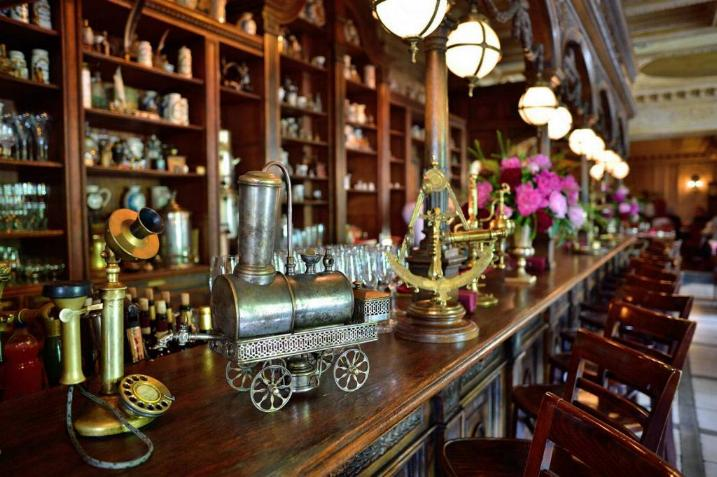 Le Café Pushkin * X_1331
