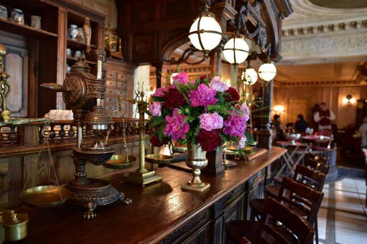 Le Café Pushkin * X_1431