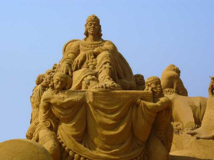 Statues de sable * X_1440