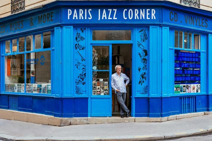 Le charme discret des vieilles boutiques de Paris..* X_15_m10