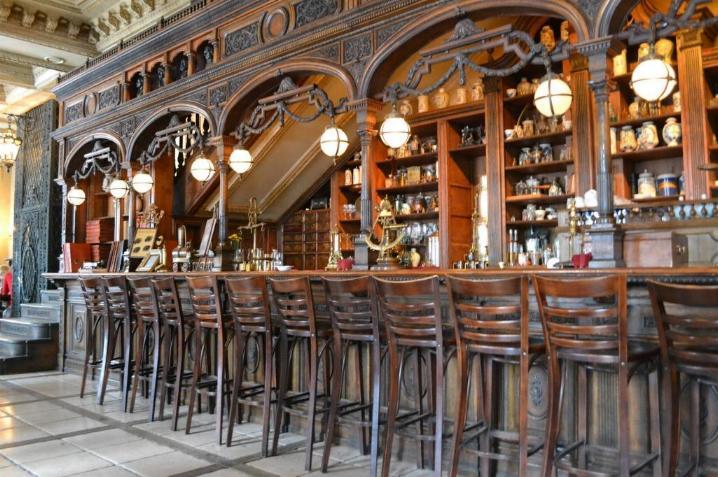 Le Café Pushkin * X_1730