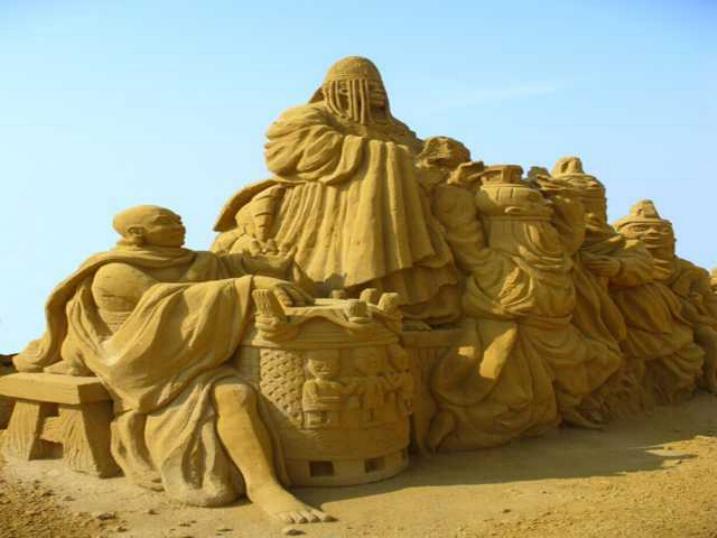 Statues de sable * X_1837