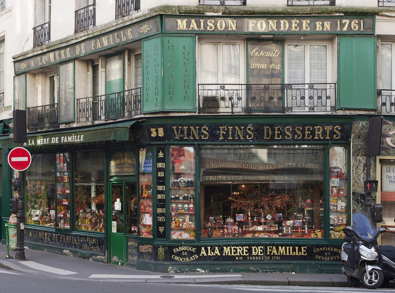 Le charme discret des vieilles boutiques de Paris..* X_18_m10