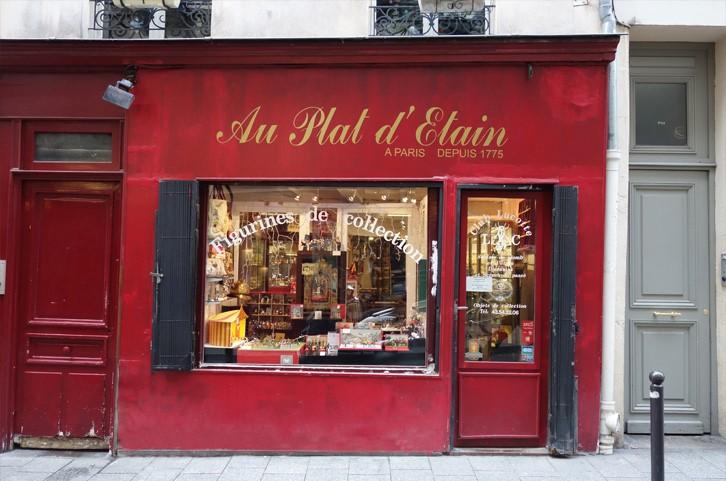 Le charme discret des vieilles boutiques de Paris..* X_19_a10