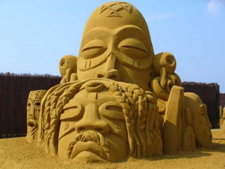 Statues de sable * X_2334